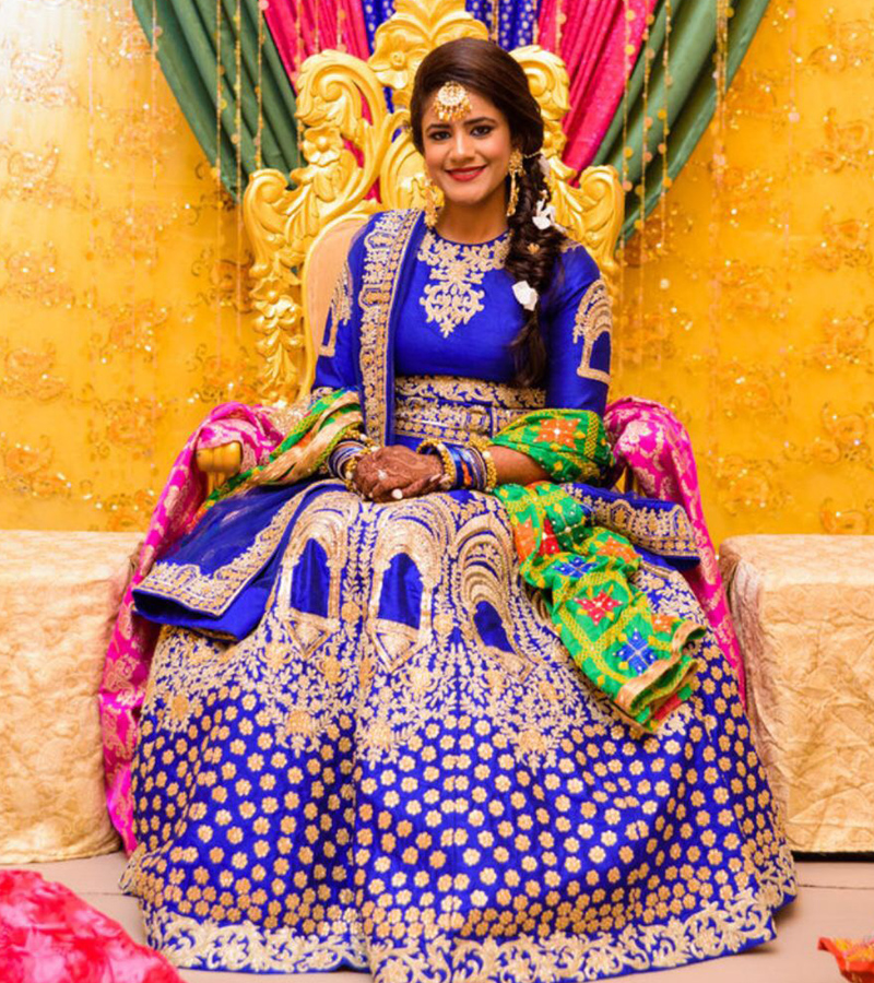 Mehndi Ceremony What To Wear : Purple embroidered sangeet mehndi amara couture